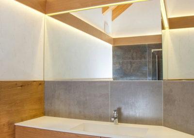 lavabo bagno corian e legno